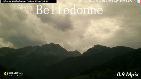 Solarcam.fr : Gîte de Belledonne - Solar Wireless Camera via France Webcams
